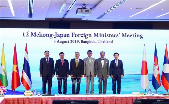 Mendorong kerjasama Mekong-Republik Korea, Mekong-Jepang - ảnh 1