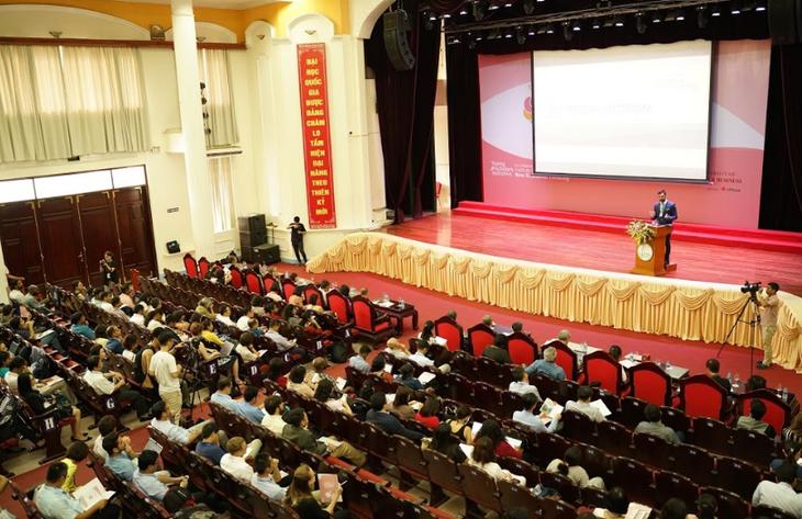 Pembukaan Konferensi Para Ekonom Muda Asia 2019 - ảnh 1