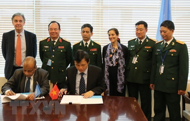 Vietnam, UN sign MoU on deployment of field hospital to South Sudan - ảnh 1