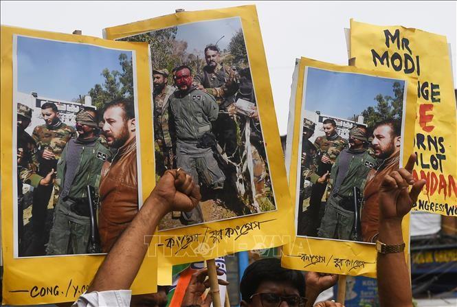 Pakistan to release Indian pilot shot down during Kashmir airstrike - ảnh 1