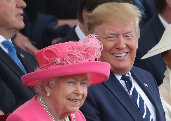 Trump's UK visit ends with D-Day ceremony  - ảnh 1
