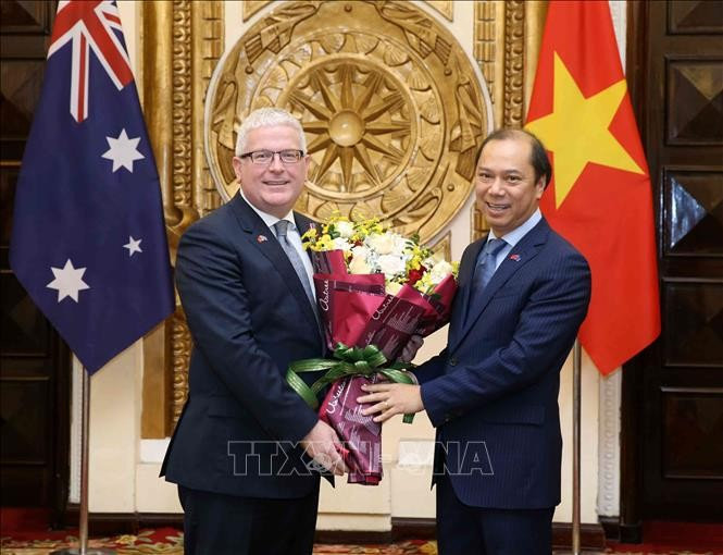 Australian Ambassador honored with Friendship Order - ảnh 1