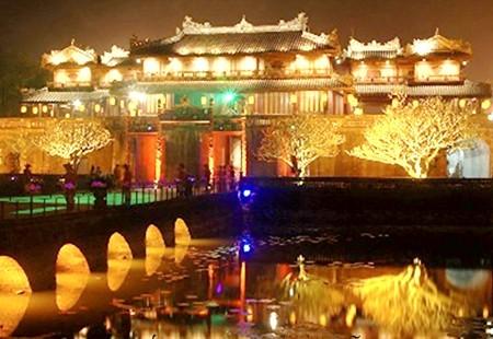 Золотой шанс для развития туризма в Хуэ - ảnh 2