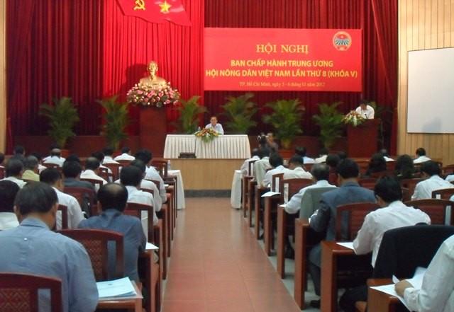 8-ая сессия Исполкома ЦК Общества вьетнамских крестьян 5-го созыва - ảnh 1