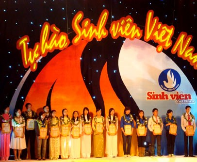 Митинг, посвящённый 62-ой годовщине Дня вьетнамских студентов - ảnh 1