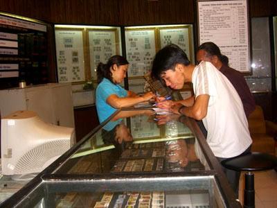 Рынок марок в Ханое - ảnh 3