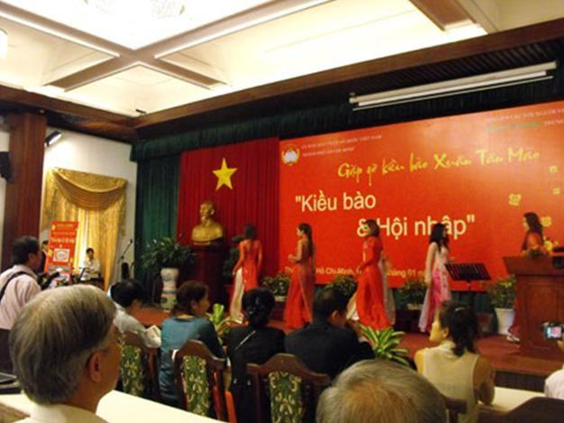Туры для вьетнамских эмигрантов на Новый год - ảnh 1