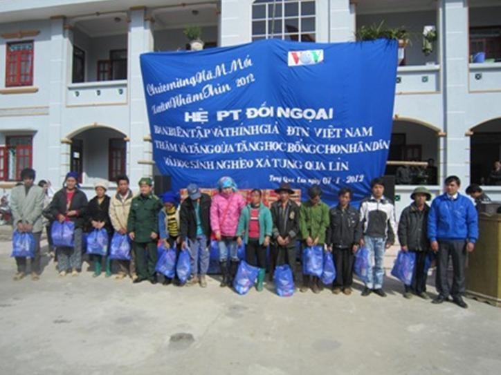 Корреспонденты Канала иновещания «Голоса Вьетнама» в гостях горной провинции - ảnh 1