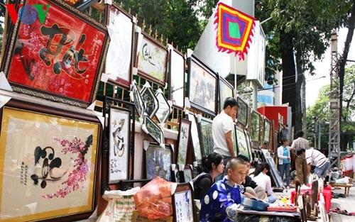 Искусство каллиграфии на улицах Сайгона в предновогодние дни   - ảnh 4