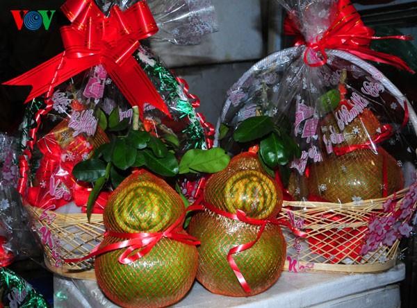 Пять видов фруктов, поставленных на алтаре во время Новогоднего праздника - ảnh 9