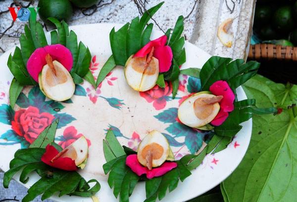 Пять видов фруктов, поставленных на алтаре во время Новогоднего праздника - ảnh 11