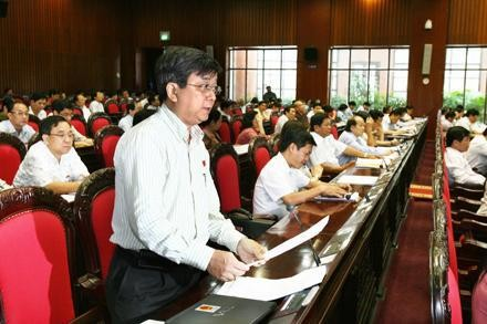 Обсужден проект Программы разработки законов и резолюций Парламента на 2013 год - ảnh 1