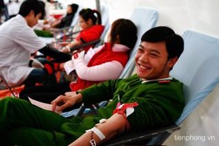 Мероприятия, посвящённые Всемирному дню донора крови - ảnh 1
