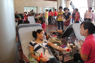 Отмечается Всемирный день донора крови - ảnh 1