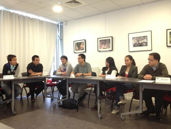 Иностранные студенты приезжают во Вьетнам изучить вьетнамский язык - ảnh 1