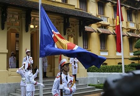 Стремление стран АСЕАН к созданию сообщества единства и процветания - ảnh 1