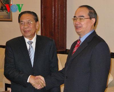 В Лаосе с визитом находилась делегация Отечественного фронта Вьетнама - ảnh 1