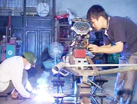 Хоанг Ван Тханг – человек, успешно совершенствовавший доступное по цене сельскохозяйственное орудие - ảnh 1