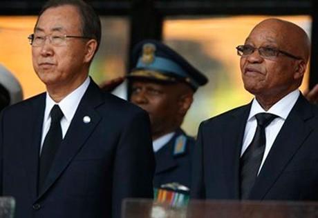Жители ЮАР и мировые лидеры приняли участие в церемонии прощания с Манделой - ảnh 1