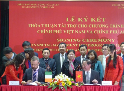 Ирландия финансирует Программу сокращения бедности во Вьетнаме - ảnh 1