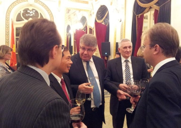 Российско-вьетнамские отношения – зримый пример расширения международных связей России - ảnh 5