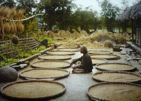 Первые цветные фотографии Ханоя 100 лет назад - ảnh 10