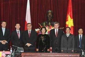 Активизация сотрудничества между парламентами Вьетнама и Польши - ảnh 1