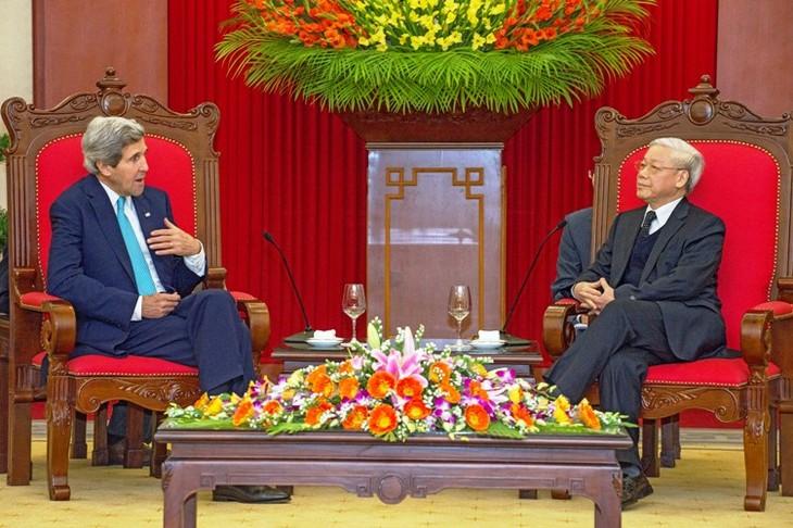 Внешнеполитическая деятельность Вьетнама в 2013 году: эффективность и сущность - ảnh 1