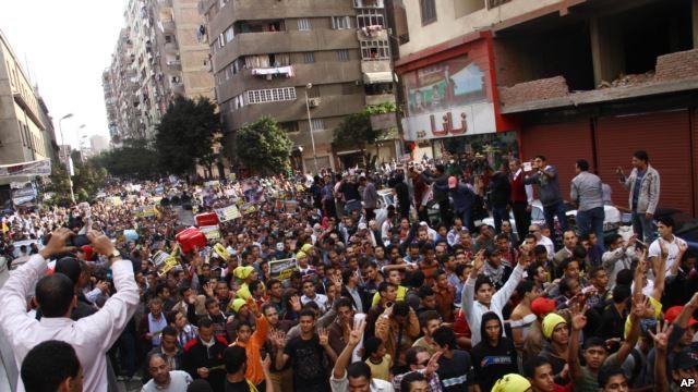 Египет: столкновения между сторонниками Мурси и полицейскими - ảnh 1