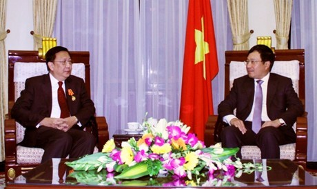 Вице-премьер СРВ Фам Бинь Минь принял посла Таиланда - ảnh 1