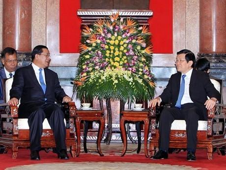 Премьер-министр Камбоджи Хун Сен начал официальный визит во Вьетнам - ảnh 5