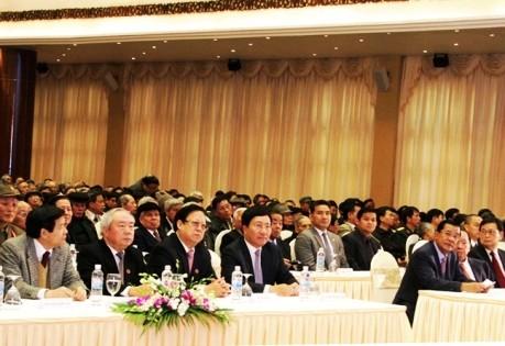 Премьер-министр Камбоджи продолжает официальный визит во Вьетнам - ảnh 3