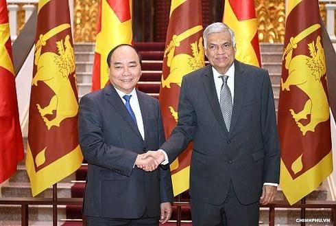 Нгуен Суан Фук принял премьер-министра Шри-Ланки - ảnh 1