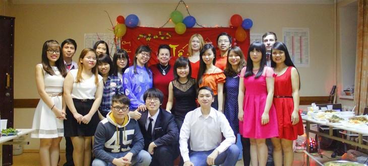 Сотрудничество между Вьетнамом и странами СНГ в области образования: бесплатная учёба в рамках межправительственных соглашений - ảnh 1