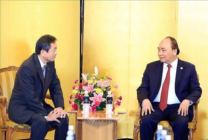 Премьер-министр Вьетнама принял представителей бизнес-кругов - ảnh 1