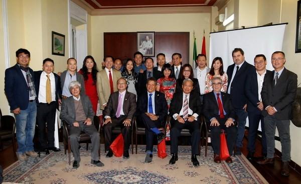Состоялся 2-й конгресс Общества вьетнамских бизнесменов в Италии - ảnh 1