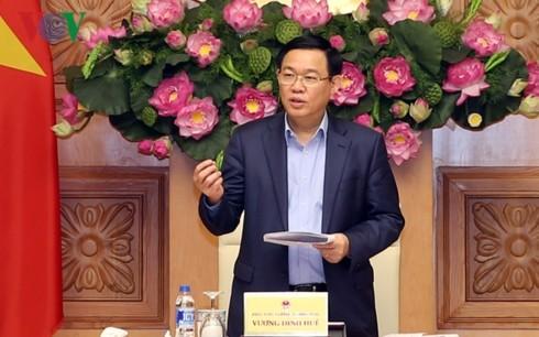 Вице-премьер Выонг Динь Хюэ: в 2019 году необходимо продолжать сохранять темпы экономического роста - ảnh 1