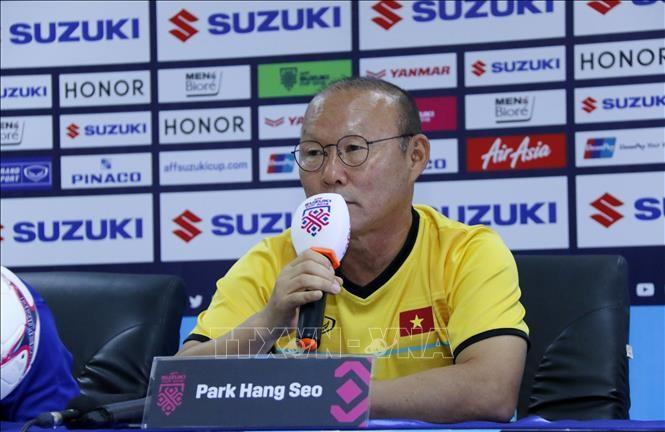 AFF Suzuki Cup 2018: Южнокорейские СМИ воспевают стратегию главного тренера сборной Вьетнама Пак Ханг Сео  - ảnh 1