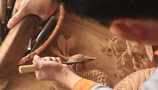 Деревня традиционного промысла Донгзяо – деревня резьбы по дереву - ảnh 2