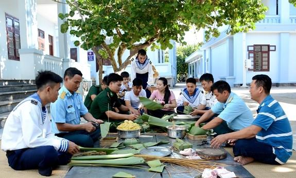 Тэт в островном уезде Чыонгша  - ảnh 2