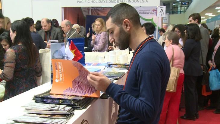 Вьетнамский стенд на Московской международной туристической выставке - ảnh 5