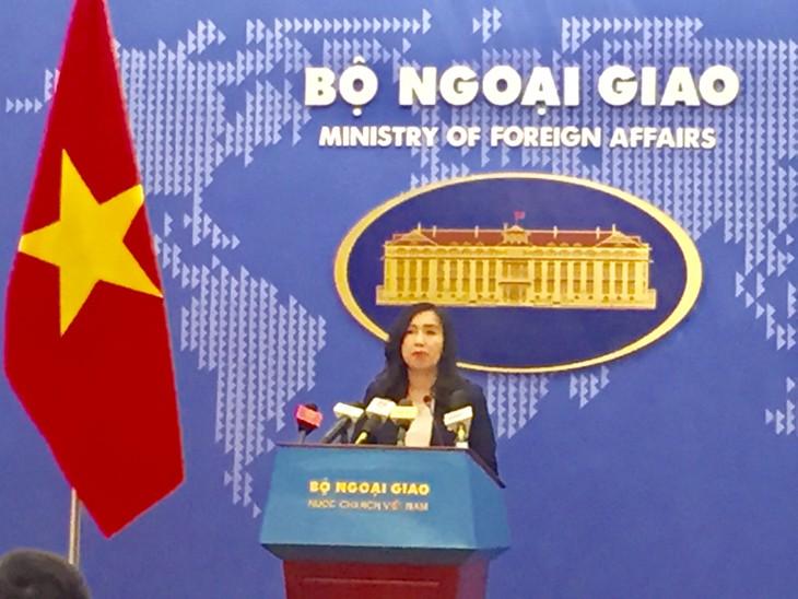 Вьетнам требует от Китая уважения суверенитета над островами Хоангша и Чыонгша - ảnh 1