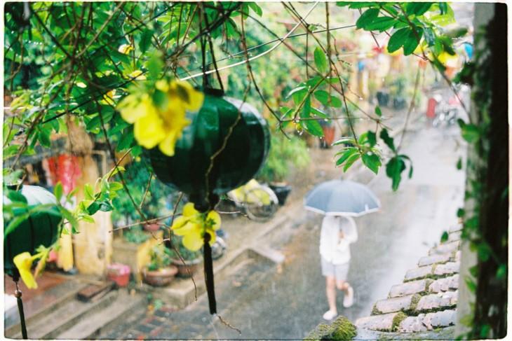 Плёночная фотография как хобби вьетнамской молодёжи - ảnh 23