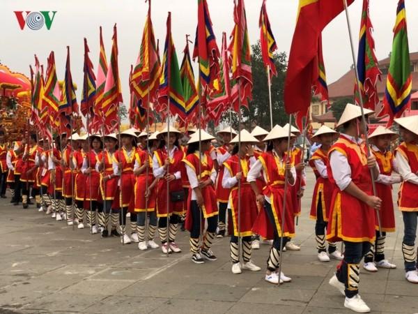 Храм королей Хунгов: там, где хранятся вьетнамские культурные и духовные ценности - ảnh 2