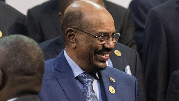 Правительство Судана сообщило об уходе президента Омара Аль-Башара в отставку  - ảnh 1