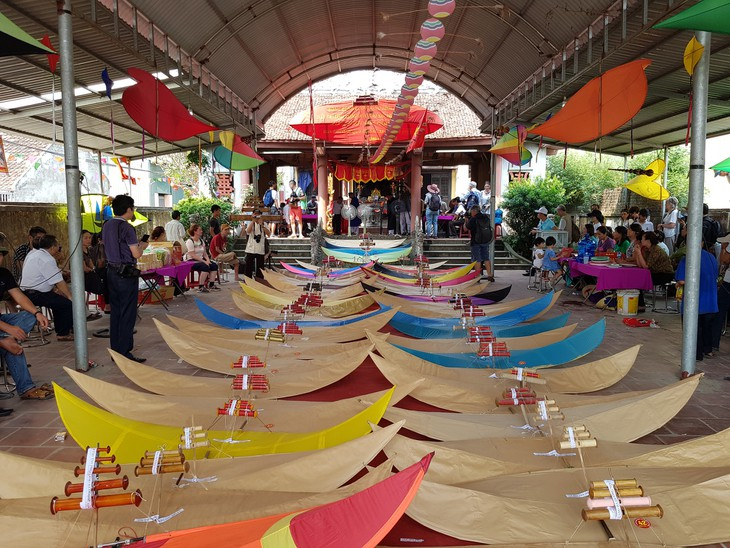 Фестиваль воздушных змеев деревни Базыонгной - ảnh 3