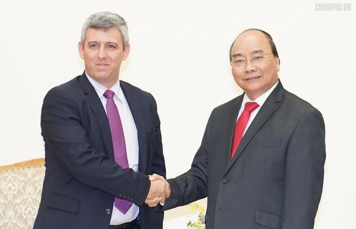 Вьетнам готов делиться с Кубой опытом развития телекоммуникаций - ảnh 1