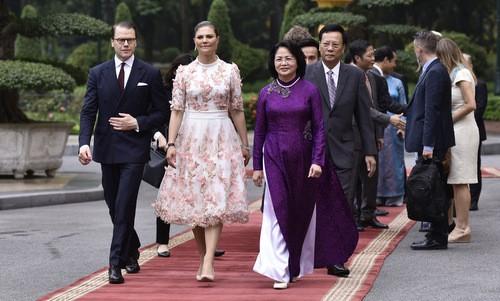 Во Вьетнам прибыла наследница шведского престола - ảnh 1