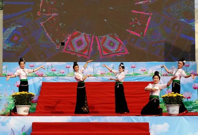 60-летие со дня посещения президентом Хо Ши Мином северо-запада Вьетнама  - ảnh 1