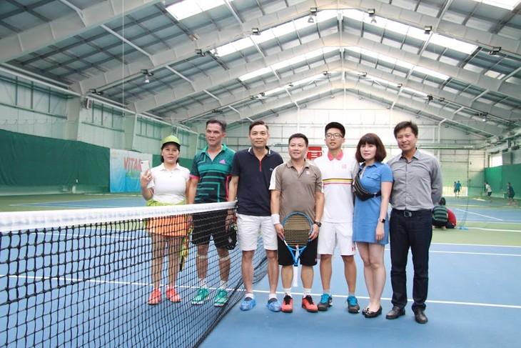 Теннисный турнир ViTAR – укрепление единства вьетнамцев в России и Европе - ảnh 2